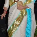 A Sari Face Off