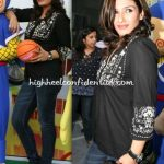 raveena-tandon-nicklodeon-event-black-top