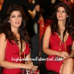 twinkle-khanna-stardust-awards-2010-red-dress
