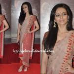 roshni-chopra-anamika-khanna-ita-awards-2013