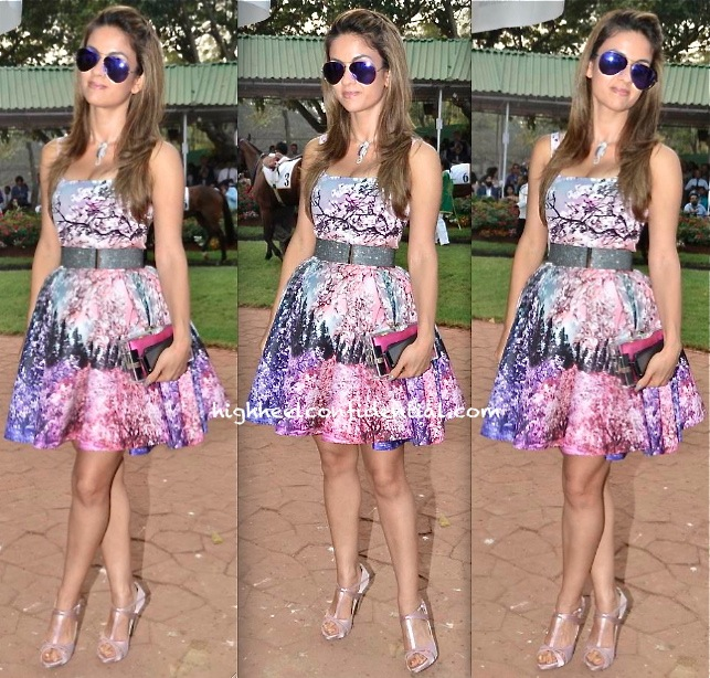 Natasha Poonawala In Mary Katrantzou At Zoroastrian Race Day