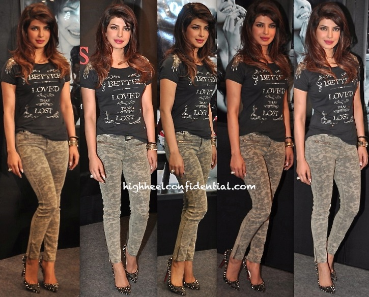 Priyanka Chopra At Guess' Latest Collection Launch:Unveiling-1