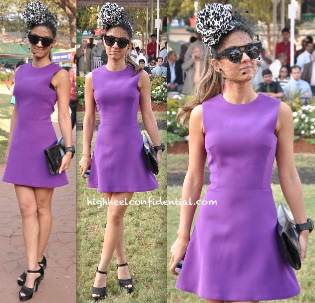 Natasha Poonawala In Victoria Beckham At Mid-Day Race 2014-1