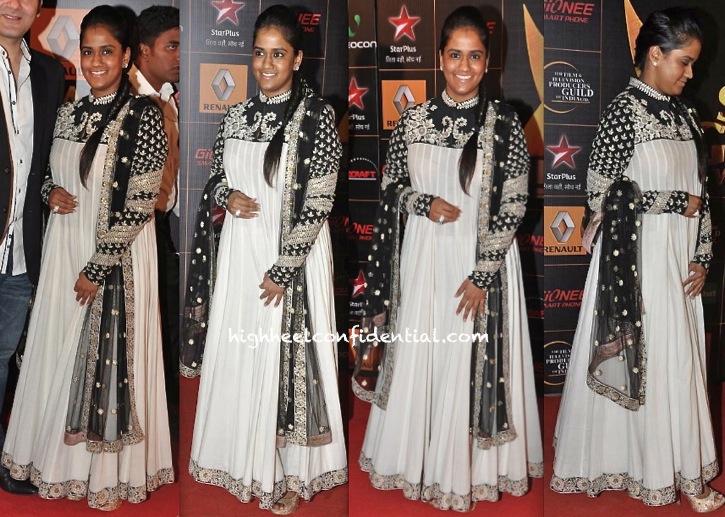 star guild awards 2014-arpita khan-sabyasachi