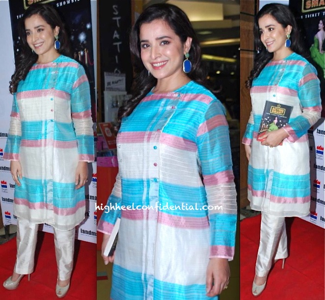 simone singh at tisca chopra's book reading in rahul mishra