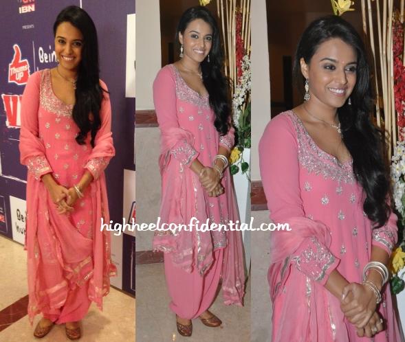 swara-bhaskar-anita-dongre-cnn-ibn-veer-awards-2014
