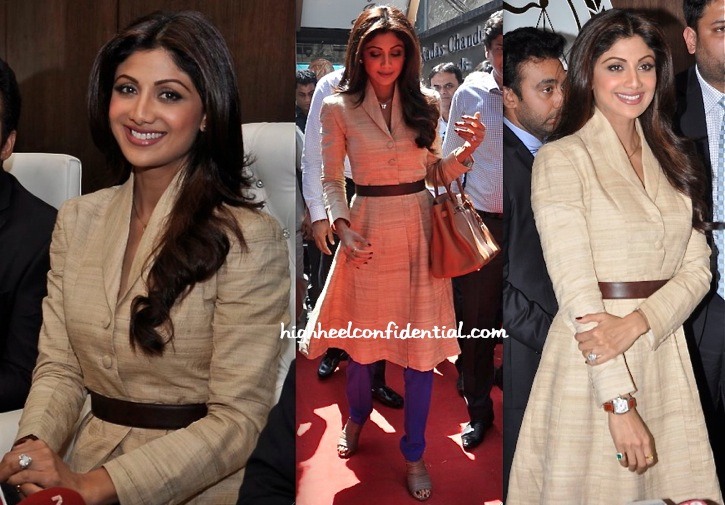 Shilpa Shetty Wears Neeta Lulla To The Launch Of 'Satyug Gold'-2