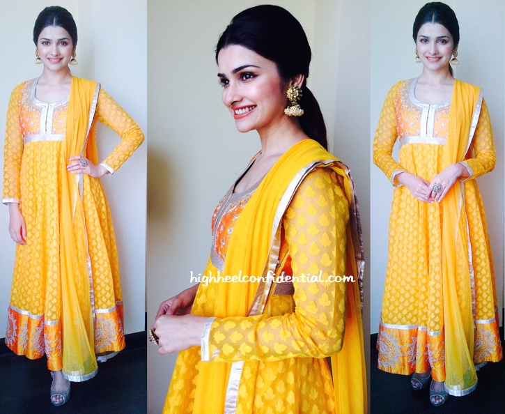 Prachi Desai In Anita Dongre At A Jewelry Store Launch In Surat