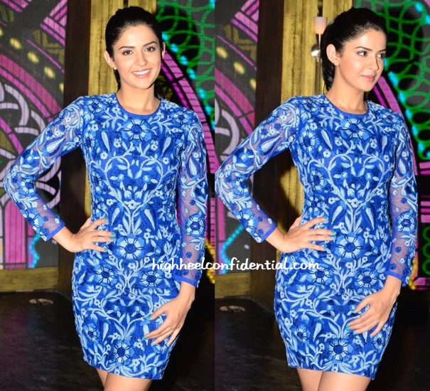 Deeksha Seth In Jenjum Gadi On Entertainment Ke Liye Kuch Bhi Karega Sets For 'Lekar Hum Deewana Dil' Promotions-2