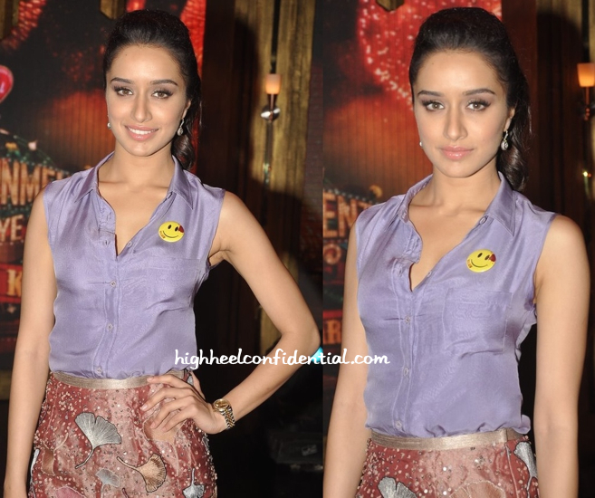 Shraddha Kapoor In Sanchita And Nachiket Barve On 'Entertainment Ke Liye Kuch Bhi Karega' Sets For 'Ek Villain' Promotions-2
