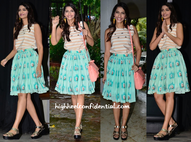Sonam Kapoor In Zara And Nisha Sainani At Navbharat Times Samvaad-1