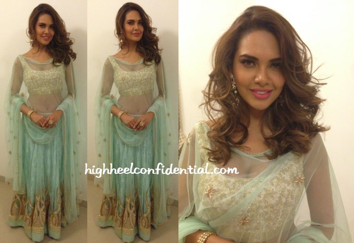 esha-gupta-ritika-mirchandani-wedding-reception-anmol
