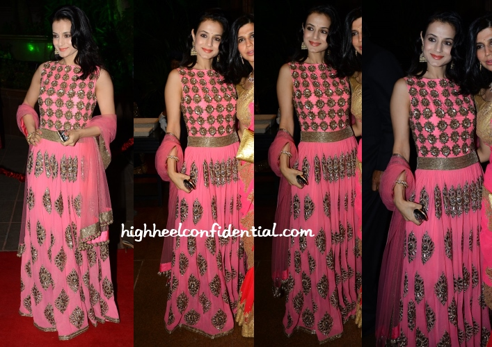 ameesha-patel-manish-malhotra-arpita-aayush-wedding-reception