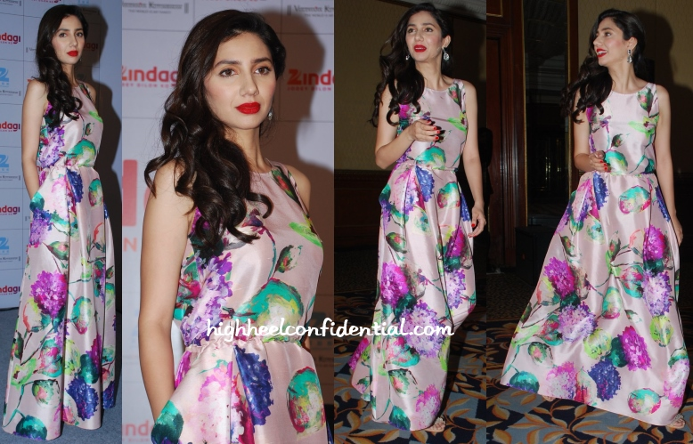 mahira-khan-muse-gown-press-meet-zee
