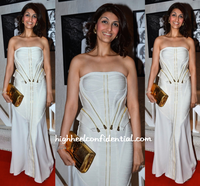 Akanksha Aggarwal In Hervé Léger At Dabboo Ratnani's 2015 Calendar Launch