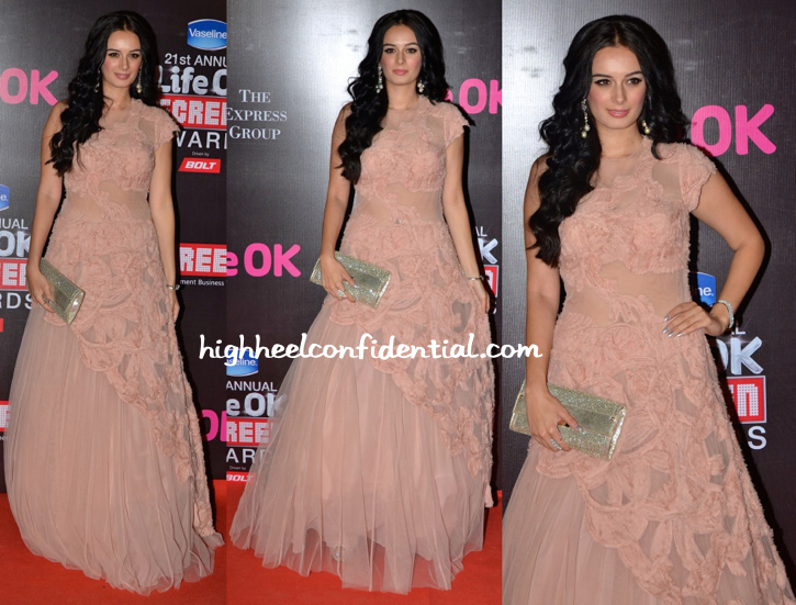 Evelyn Sharma In Rocky S At Screen Awards 2015