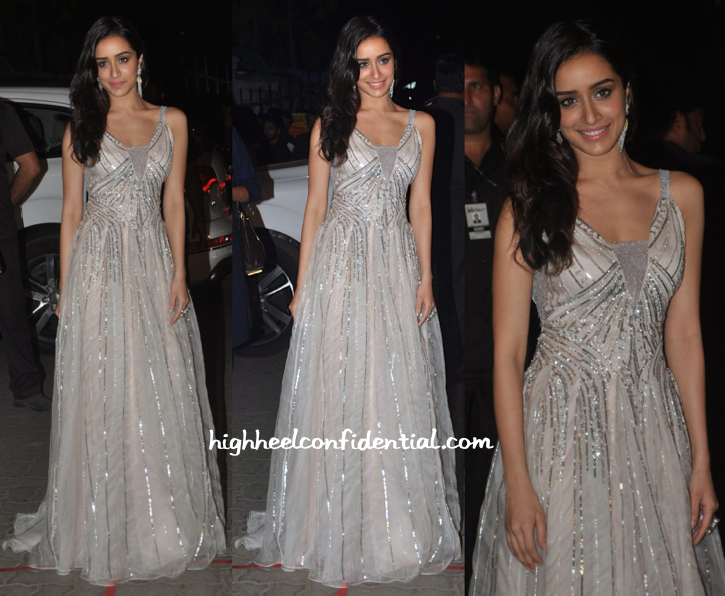 Shraddha Kapoor in Shehlaa, Gehna Jewellers & Jimmy Choo at Filmfare Awards 2015