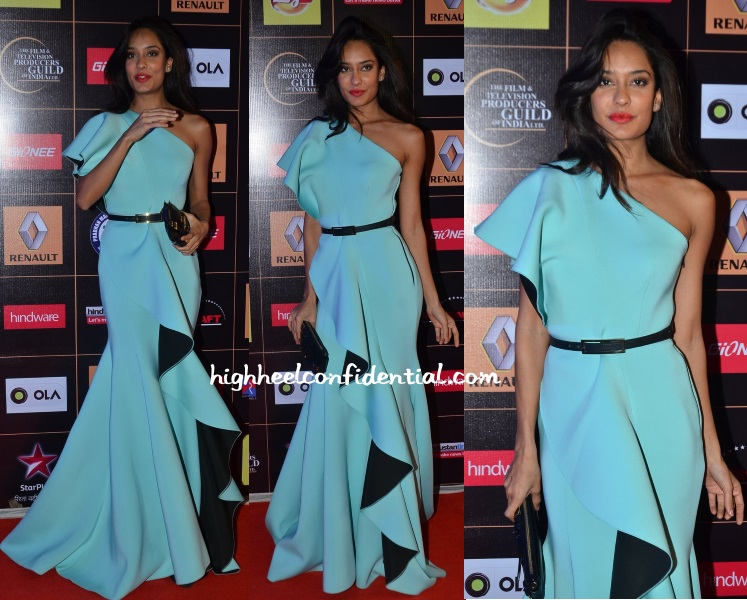 lisa-haydon-gauri-nainika-star-guild-awards-2015