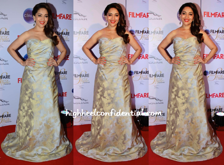 Madhuri Dixit At Filmfare Glamour And Style Awards 2015-1