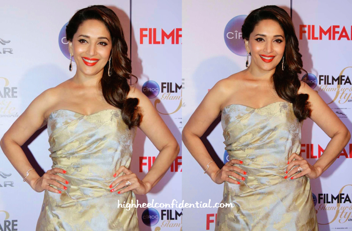 Madhuri Dixit At Filmfare Glamour And Style Awards 2015-2