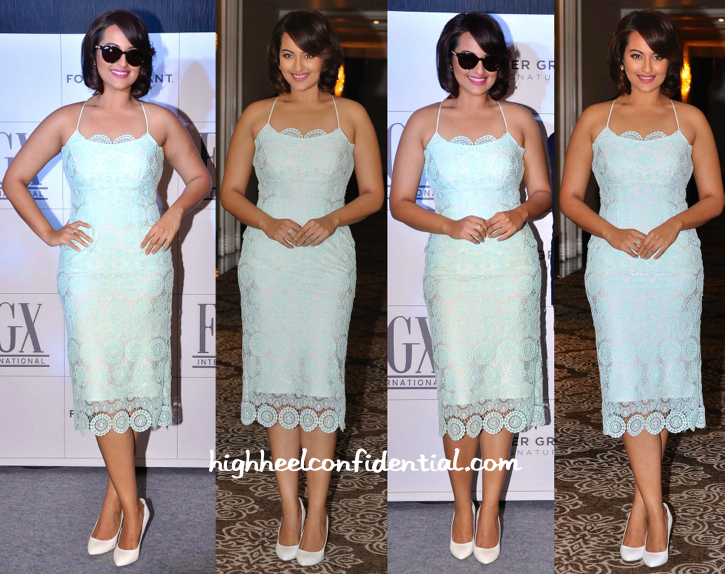 Sonakshi Sinha In Amy Billmoria At Foster Grant Launch-1
