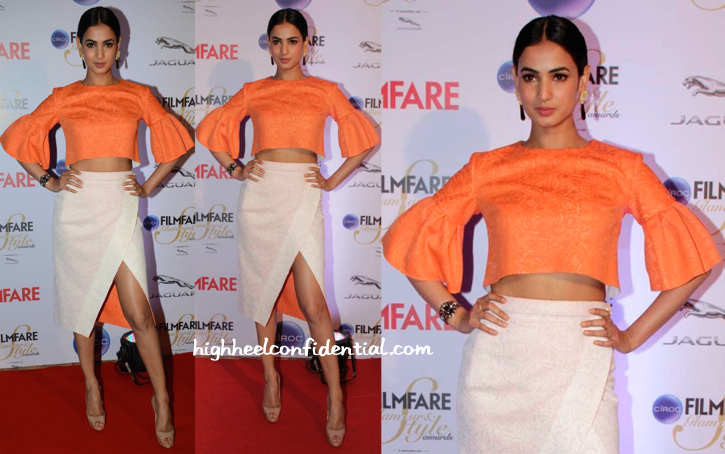 Sonal Chauhan In Tanieya Khanuja At Filmfare Glamour And Style Awards 2015