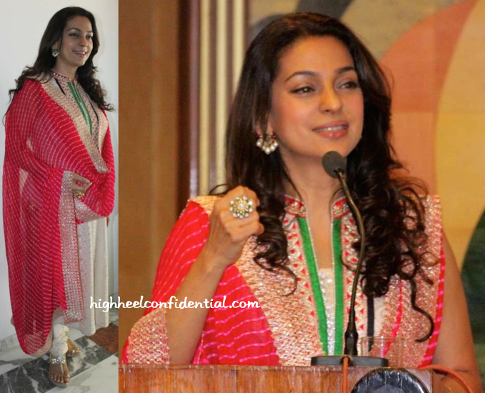 Juhi Chawla At A Dialysis Center Inauguration-2
