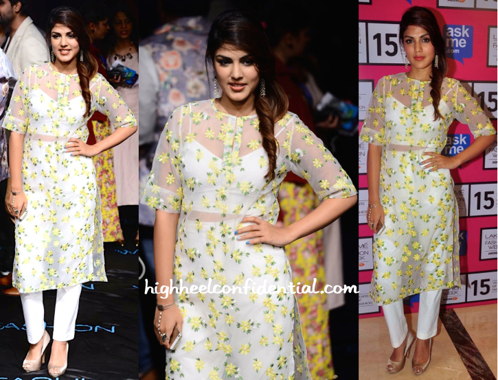 Rhea Chakraborty In Nishka Lulla At Lakme Fashion Week