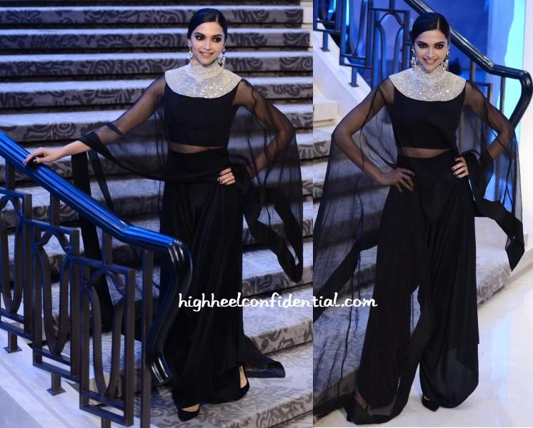 deepika-padukone-anamika-khanna-lakme-fashion-week-2015