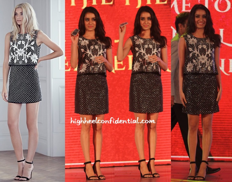 shraddha-kapoor-needle-thread-kanakia-paris-fashion-show