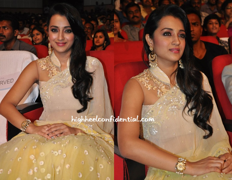 trisha-krishnan-tarun-tahiliani-lion-audio-launch-1