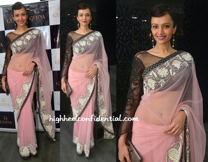 Dipannita Sharma In Niki Mahajan At Shaina NC For Gehna Jewellers Collection Preview-1
