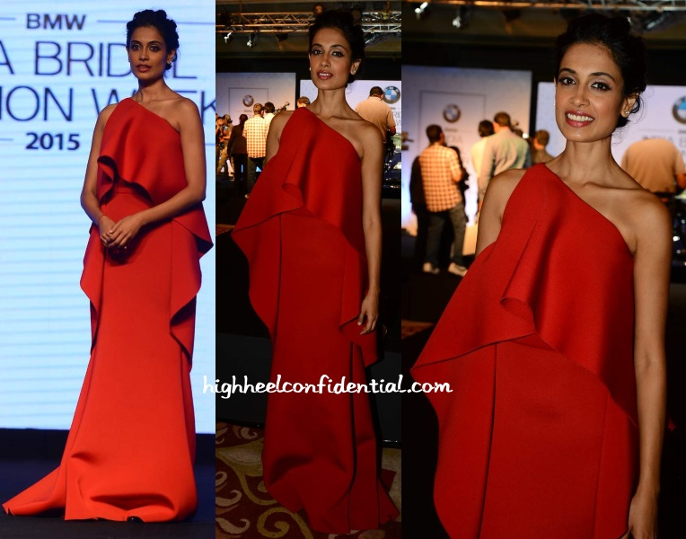 sarah-jane-dias-gauri-nainika-bridal-week-2015-press-meet