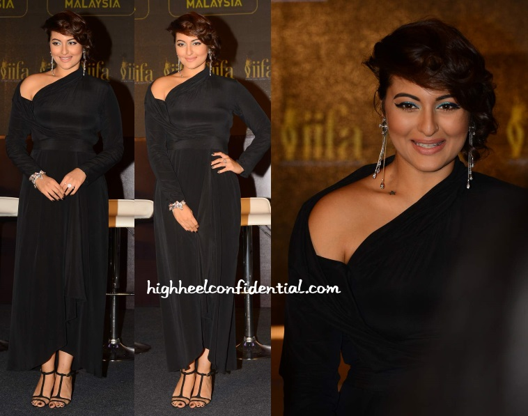 sonakshi-sinha-anand-kabra-iifa-2015-press-meet