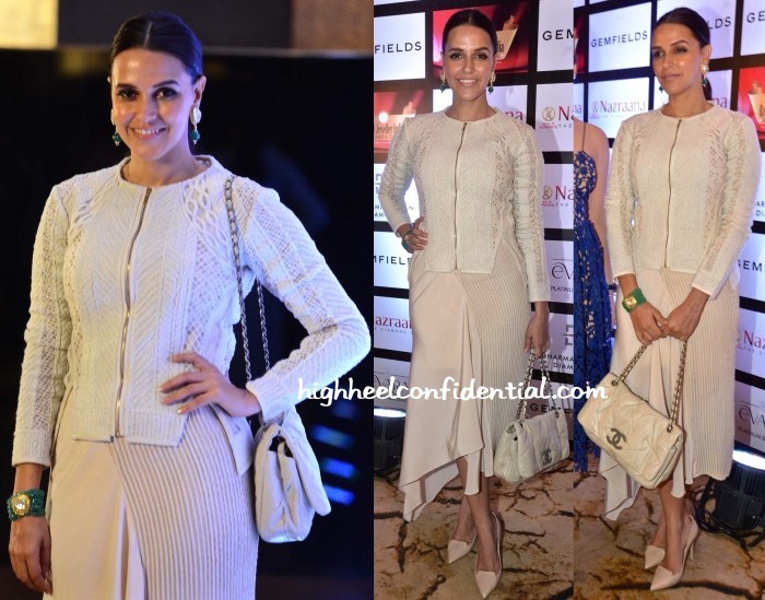 Neha-Dhupia-In-Kavita-Bhartia-At-Retail-Jeweller-India-Awards-2015-2-1-700x549