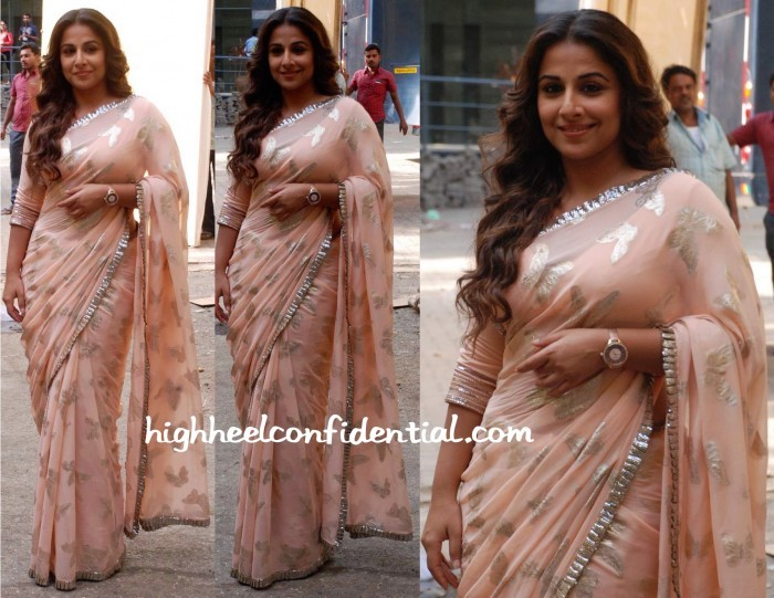 Vidya-Balan-In-Manish-Malhotra-At-Hamari-Adhuri-Kahani-Promotions-700x541