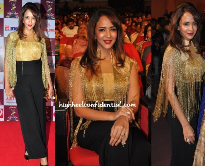 lakshmi-manchu-koecsh-shantanu-nikhil-tsr-tv9-awards-2015