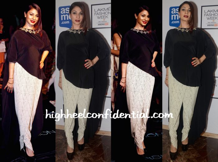 Tanishaa Mukerji In Payal Singhal At Lakme Fashion Week Winter:Festive 2015-2