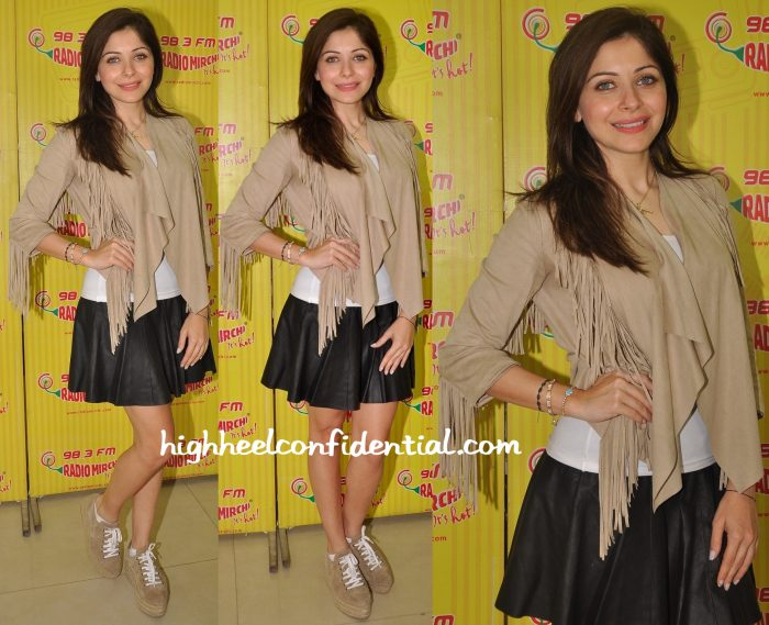 kanika kapoor at radio mirchi