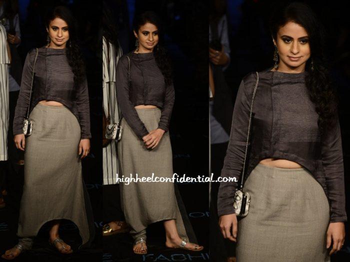 rasika-dugal-antar-agni-lakme-fashion-week-2015