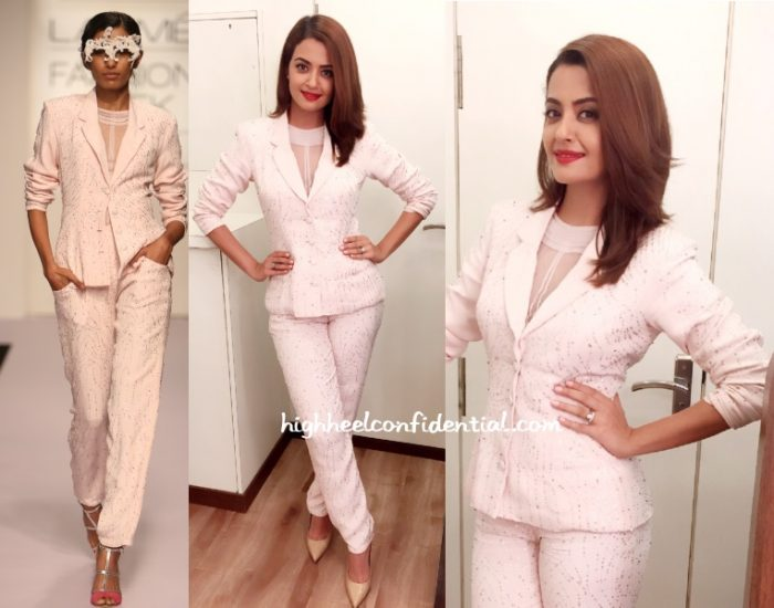 surveen-chawla-karleo-comedy-nights-bachao