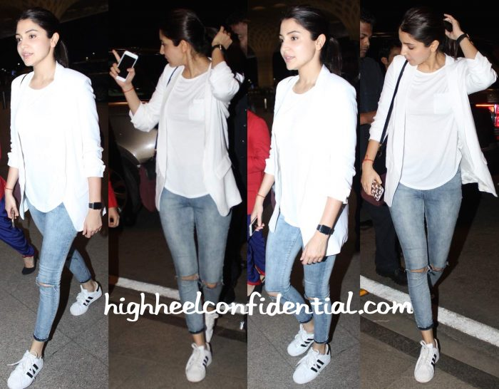 Anushka Sharma Photographed At Mumbai Airport