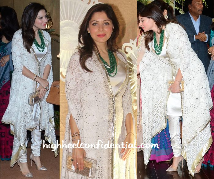 Kanika Kapoor In House Of Chikankari At IMC Exhibition 2015-2