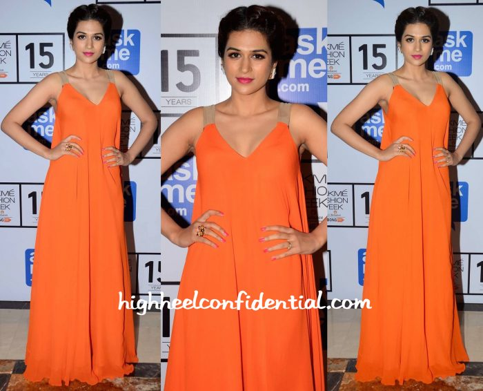 Shraddha Das In Stephanie D'souza At Lakme Fashion Week Winter:Festive 2015