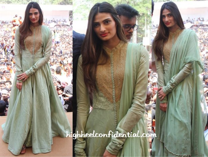 athiya shetty at hero promotions-2