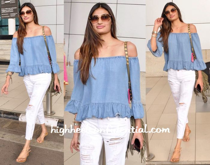 Athiya Shetty Photographed At The Airport-2