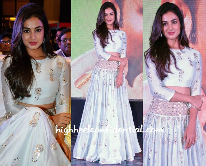 Sonal Chauhan At Sher Music Launch-1
