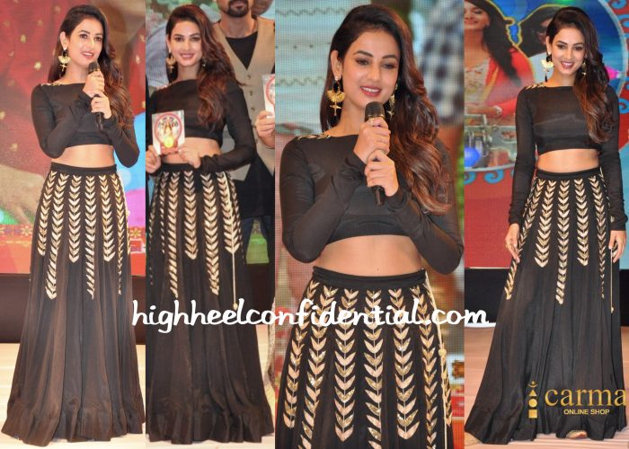 Sonal Chauhan In Prathyusha Garimella At Size Zero Audio Launch