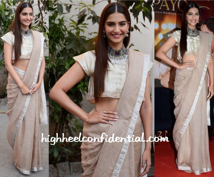 Sonam Kapoor Wears Anavila To Prem Ratan Dhan Payo Promotions:Press Meet-2
