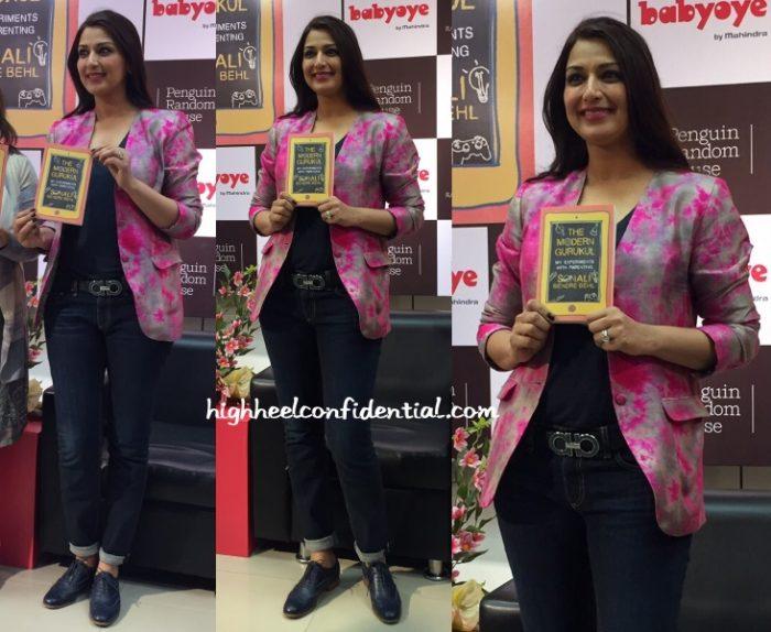 sonali-bendre-akanksha-gajria-modern-gurukul-book-launch